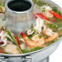 ပင္လယ္စာ ခ်ဥ္စပ္ဟင္းရည္ (Hot & Spicy Sea Food Soup)