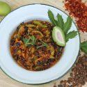 မရမ္းသီးစိမ္း နဲ႔ ပဲပုတ္ေစ့အစပ္ေၾကာ္ (Marian with Dried Soy Bean Spicy Fried)