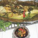 ပင္စိမ္းႏွင့္ သံပရာ ငွက္ေပ်ာရြက္အိတ္ ငါးကင္ - (Fish Baked in Banana Leave Bag with Basil and Lime)