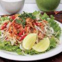 မက္ကရယ္ငါးႏွင့္ ပန္းသီးစိမ္းအစပ္သုပ္ - (Mackerel and Apple Spicy Salad)