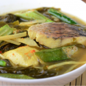 Snake-Head Fish with Roselle Leave Sour Soup