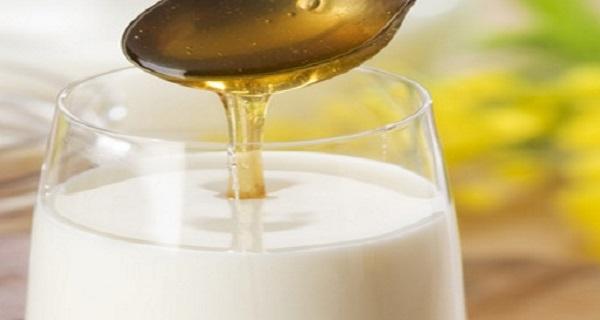 Milk Glas