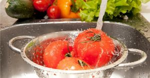 diy-fruit-vegetable-wash-spray