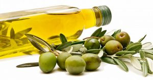 health-benefits-of-olive-oil-for-skin-care