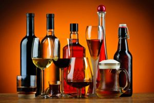 bottles-and-glasses-of-alcoholic-drinks