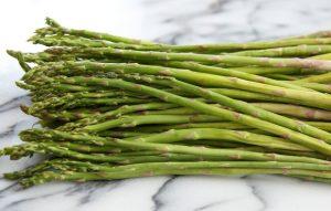 lemon-garlic-roasted-asparagus-2