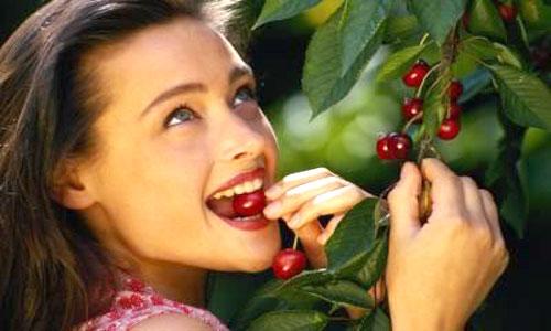 Health-benefits-of-eating-cherries