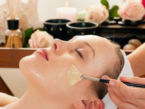 Honey-Aloe-Vera-Face-Masks-For-Oily-Skin