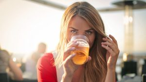alcohol-will-leave-your-skin-suffering
