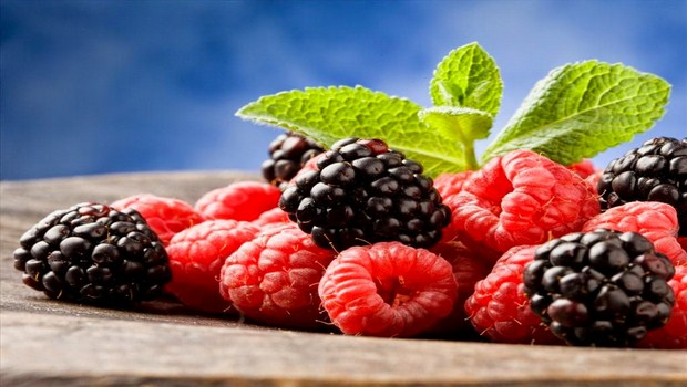 foods-to-prevent-cancer-berries
