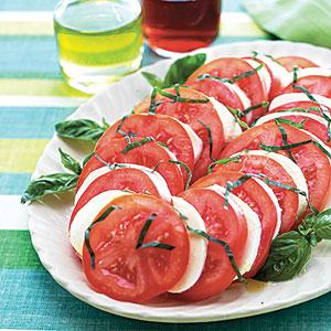tomato-salad-ay-1875812-x
