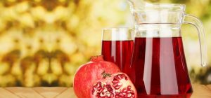 17-Best-Benefits-Of-Pomegranate-Juice-For-Skin-Hair-And-Health