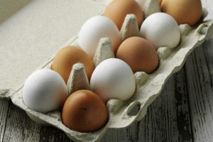 White-vs.-Brown-Which-Eggs-Better-to-Buy-e1479929714520