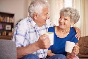 happy-couple-drinking-coffee