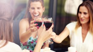 women-drink-red-wine