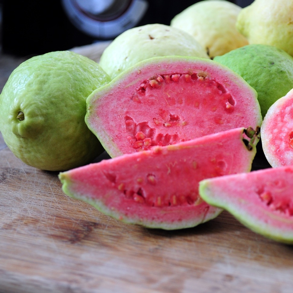 Best-Quality-fresh-Guava-for-export-at