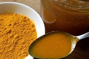 a-mixture-of-honey-and-turmeric-600x400