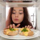 Microwave မိုက္ခရိုေ၀့နဲ႔ မေႏြးသင့္တဲ့ အစားအစာမ်ား