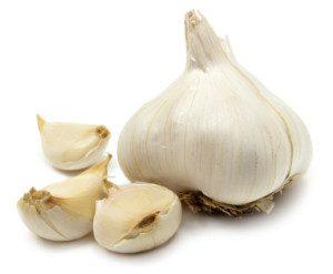 GarlicBulbCloves-300x247