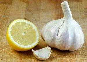 Zitronen-Knoblauch-Kur