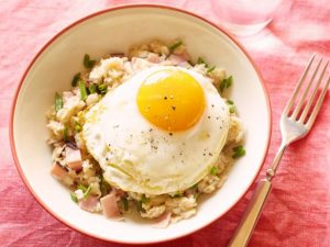 FNK_Healthy-Ham-Egg-and-Cheese-Oatmeal_s4x3.jpg.rend.hgtvcom.616.462