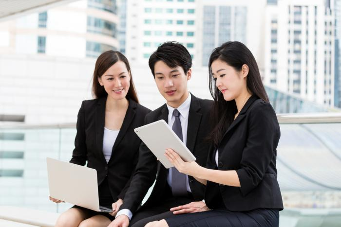 japanese_business_people