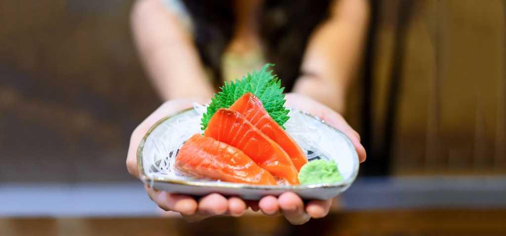 ဆဲလ္မြန္ငါး (Salmon) ဘာလို႔ စားသင့္သလဲ