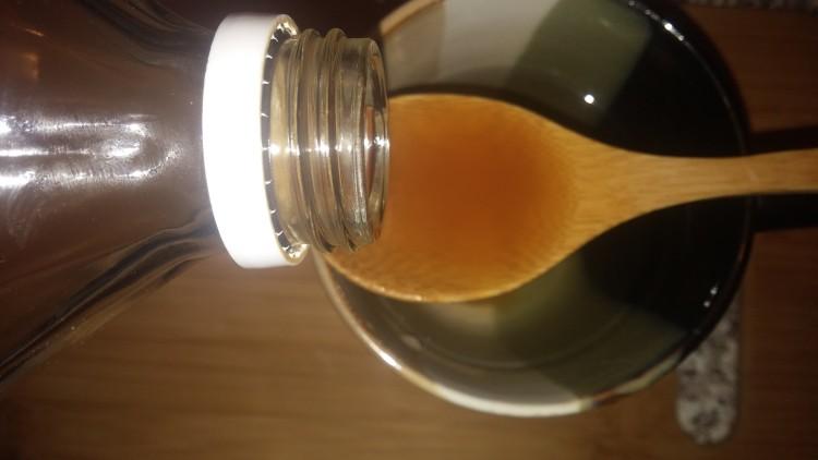 apple-cider-vinegar-honey-750x422