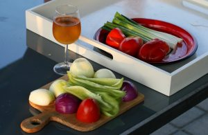 wine_drink_food_vegetables_onion_red_onion_table_alcohol-849935.jpg!d
