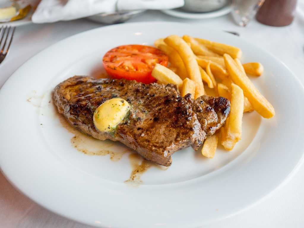 steak-and-fries