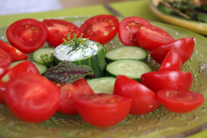 tomatoes-and-cucumbers-840x560