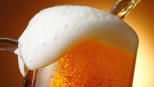 ဘီယာ ေသာက္ျခင္းရဲ႕ အံ့ၾသဖြယ္ရာ အက်ိဳးေက်းဇူး