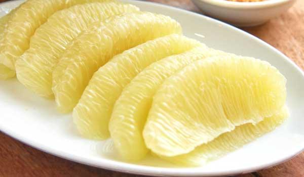 ကြ်ဲေကာသီးကို စားေပးရင္