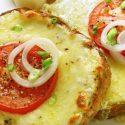 လြယ္ကူ ရိုးရွင္းတဲ့ ခရမ္းခ်ဥ္သီး နဲ႔ ခ်ီစ္ Sandwiches