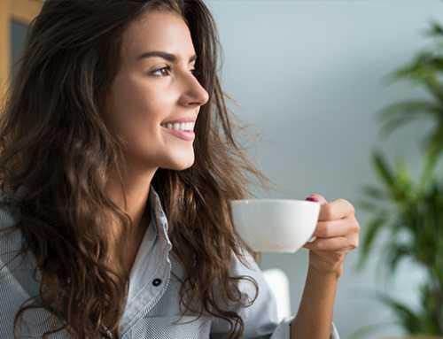 ဗိုက်ထဲမှာ အစာမရှိဘဲနဲ့ ကော်ဖီသောက်မယ်ဆိုရင် ခံစားရမယ့် ကျန်းမာရေးဆိုးကျိုးများ