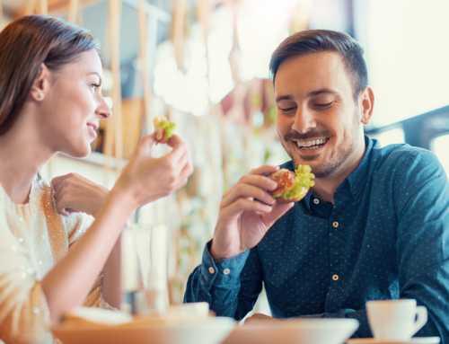 First Date မတုိင္မီနာရီပိုင္းအတြင္း လံုးဝမစားသင့္တဲ့ အစားအစာမ်ား
