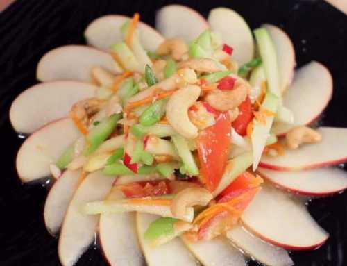 ထိုင်းစတိုင်လ် ပန်သီးနဲ့ဂေါ်ရခါးသီးသုပ်လေးလုပ်စားကြည့်ရအောင်