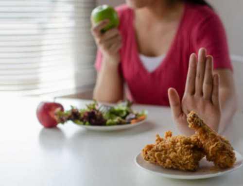 ဗိုက်ချပ်ချင်တဲ့သူတွေအနေနဲ့ ရှောင်ကြဉ်ရမယ့်အစားအသောက်များ