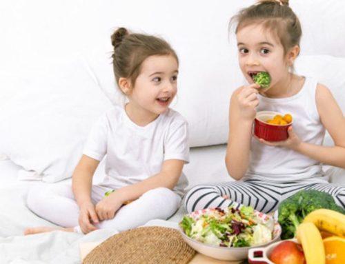 ကလေးတွေကိုကျွေးသင့်တဲ့အကောင်းဆုံးအစားအသောက်များ
