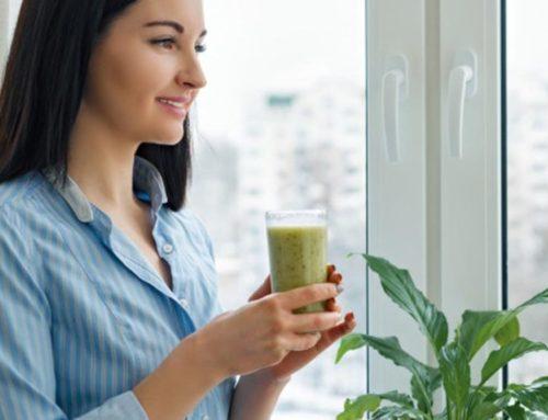 အသားအရေကြည်လင်ပြီးလှလာစေဖို့မနက်တိုင်းသောက်ပေးသင့်တဲ့ သဘာဝဖျော်ရည် ၇ မျိုး