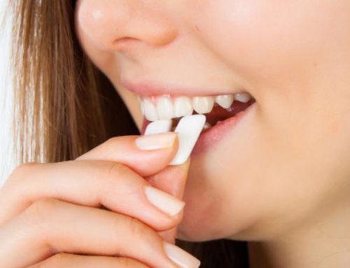 ခံတွင်းနံ့ဆိုးမနံအောင်ကြိုတင်ကာကွယ်ပေးနိုင်တဲ့အစားအသောက်များ