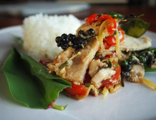 ထိုင်းစတိုင်လ် ငါးမွှေကြော်ဟင်းလျာ